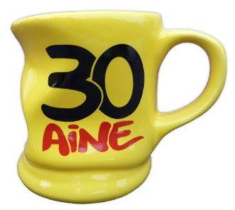 Mug jaune déformé 30 ans